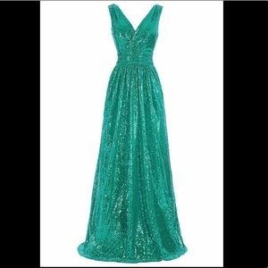 Dresses & Skirts - Green Sequin V-neck A-line Maxi Evening Prom Dress
